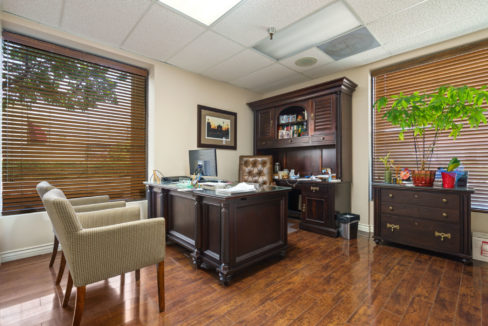 Doctor office2